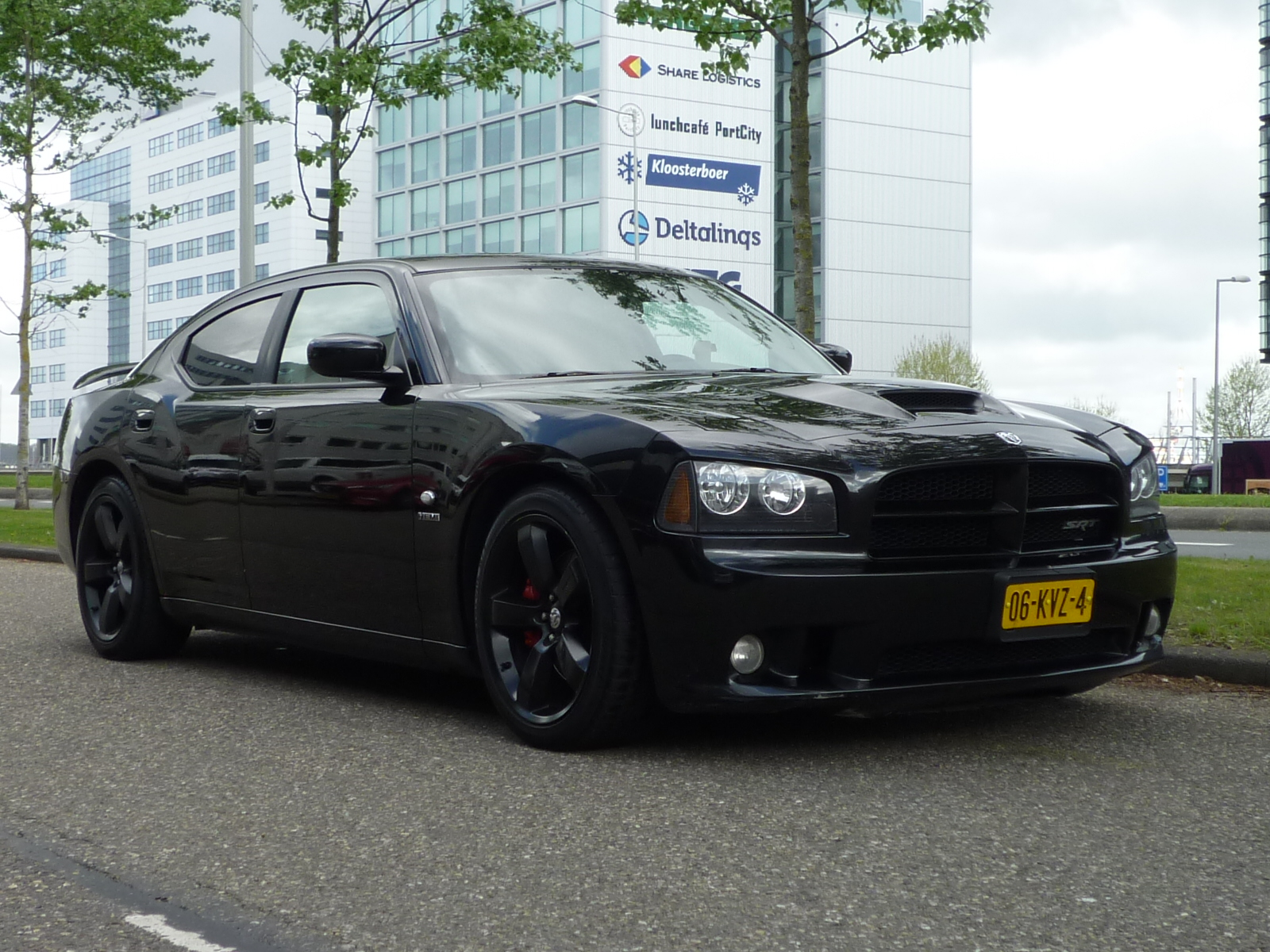 Dodge Charger occasion bij Pietersen Rotterdam