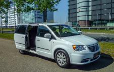 Grand Voyager Stow & Go