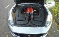 Ferrari CALIFORNIA 4.3 V8